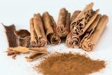 Med a skořice - velmi účinný lék